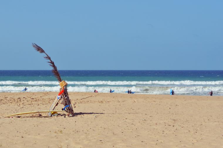 Hier bleibt viel Platz für unseren Surfkurs.