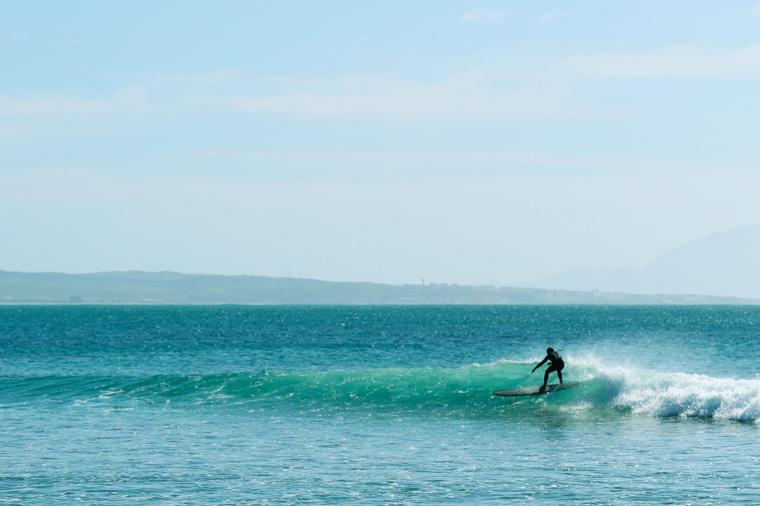 kleine Wellen am Punta-Paloma